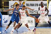 DESCRIZIONE : Cagliari Eurobasket Men 2009 Additional Qualifying Round Italia Francia<br /> GIOCATORE : Nicolas Batum<br /> SQUADRA : Francia France<br /> EVENTO : Eurobasket Men 2009 Additional Qualifying Round <br /> GARA : Italia Francia Italy France<br /> DATA : 05/08/2009 <br /> CATEGORIA : palleggio<br /> SPORT : Pallacanestro <br /> AUTORE : Agenzia Ciamillo-Castoria/C.De Massis
