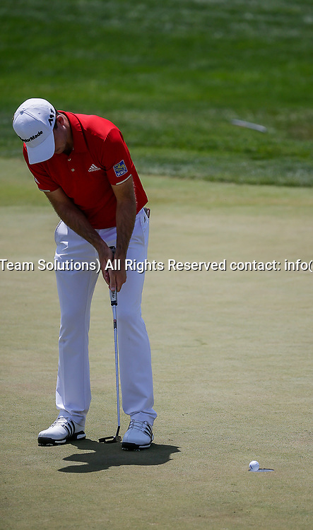 POTOMAC, MD - JULY 01:  Nick Taylor sinks a short second putt during the third round of the Quicken Loans National at TPC Potomac at Avenel Farm in Potomac, MD.(Photo by Justin Cooper/Icon Sportswire)