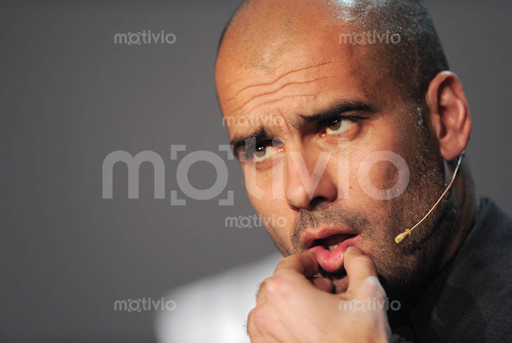 Fussball International  FIFA Ballon d Or /  FIFA Herren-Fussballtrainer des Jahres 2010  10.01.2011 Pep Guardiola (ESP)