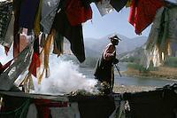Chine, Tibet, Lhassa, Pélerin tibétain<br /> // Tibetan pilgrim, Lhassa, Tibet, China