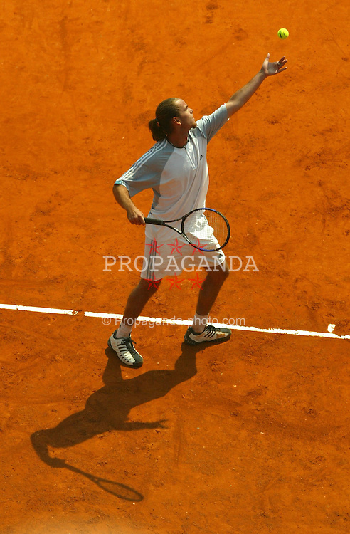 MONTE-CARLO, MONACO - Tuesday, April 15, 2003: Xavier Malisse in action during the 1st Round of the Tennis Masters Monte-Carlo. (Pic by David Rawcliffe/Propaganda)