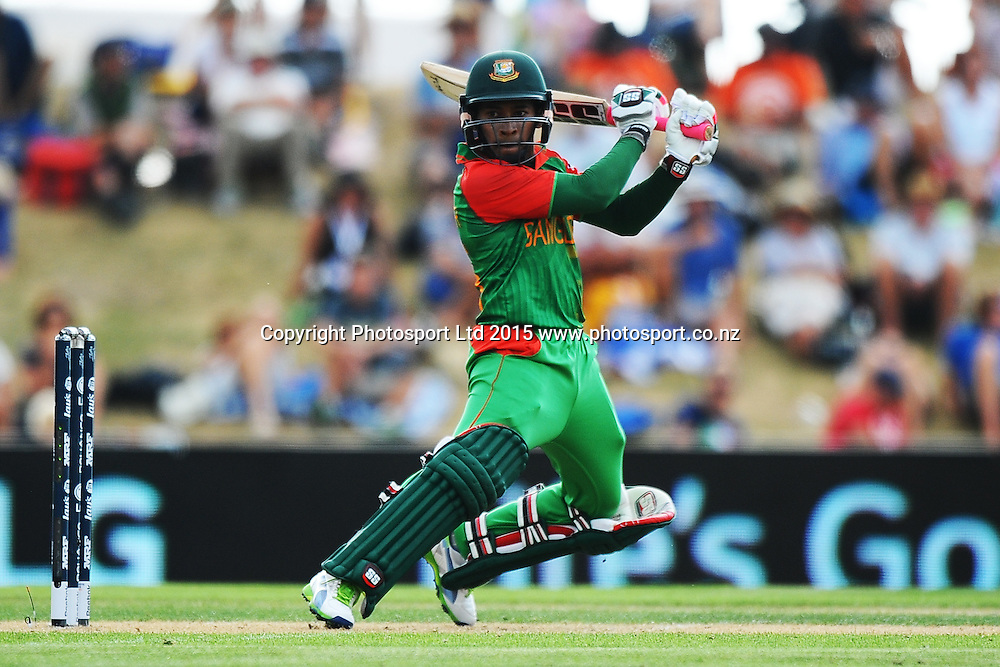 Bangladesh player Mushfiqur Rahim during the 2015 ICC Cricket World Cup match between Bangladesh v Scotland. Saxton Oval, Nelson, New Zealand. Thursday 5 March 2015. Copyright Photo: Chris Symes / www.photosport.co.nz