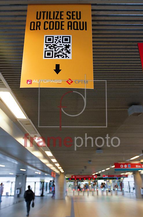 A CPTM começou a a testar nesta segunda-feira (24) um novo método de bilhetagem no sistema por QR Code. O teste é feito na estação Tamanduateí, na Linha 10-Turquesa. Foto Marcelo D. Sants/FramePhoto.