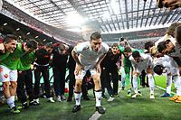 """Francesco Totti Roma incita i compagni prima della partita<br /> Milano 24/3/2012 Stadio """"Giuseppe Meazza - San Siro""""<br /> Football Calcio 2011/2012 Campionato Italiano Serie A<br /> Milan Vs Roma<br /> Foto Insidefoto Andrea Staccioli"""