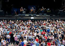 The Dunwells play to a crowd at the Sixways Stadium - Mandatory by-line: Matt McNulty/JMP - 14/07/2017 - Sixways Stadium - Worcester, England
