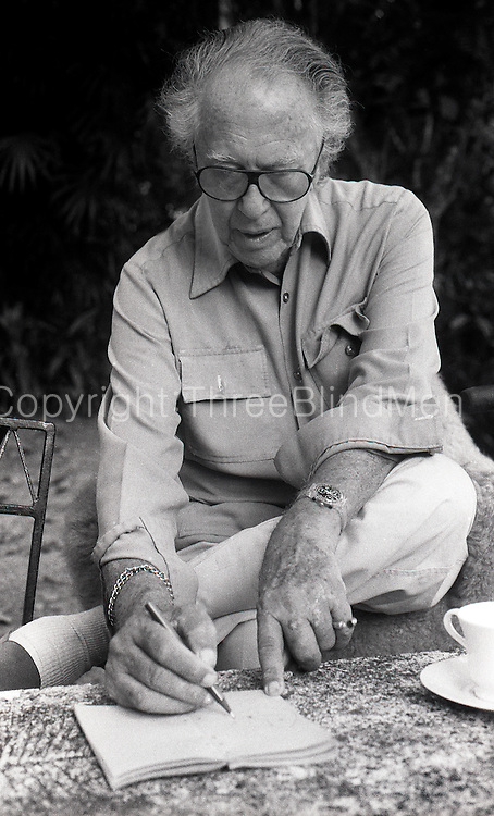 Geoffrey Bawa - in the garden at his home in Lunuganga.<br /> circa June 1996