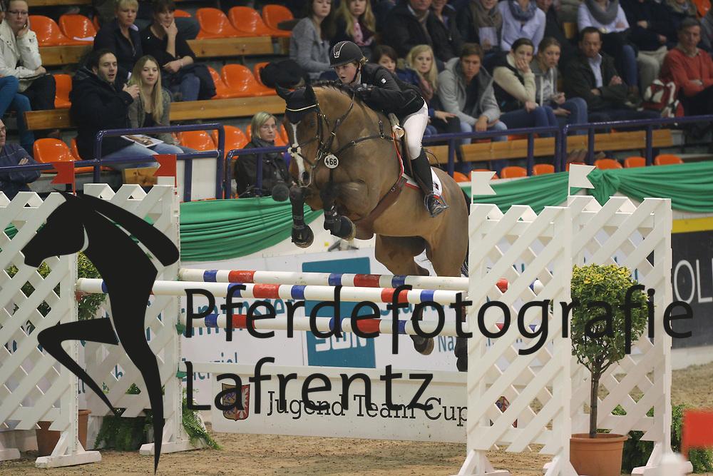 Mund, Nicoline, Cheyenne<br /> Neumünster - VR Classics<br /> Jugend Team Cup<br /> © www.sportfotos-lafrentz.de/Stefan Lafrentz