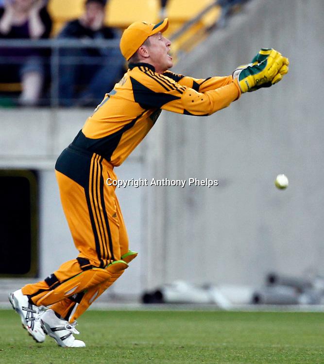 Brad Haddin drops a catch New Zealand v Australia Twenty20 cricket match. Westpac Stadium, Wellington. Friday 26 February 2010. Photo: Anthony Phelps/PHOTOSPORT