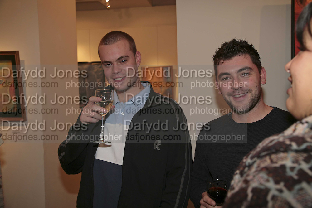 James David and Eugene Layton, The Real Dream, private view for an exhibition of work by Michael Rogatchi. Cork St. London.  5 December 2006. ONE TIME USE ONLY - DO NOT ARCHIVE  © Copyright Photograph by Dafydd Jones 248 CLAPHAM PARK RD. LONDON SW90PZ.  Tel 020 7733 0108 www.dafjones.com