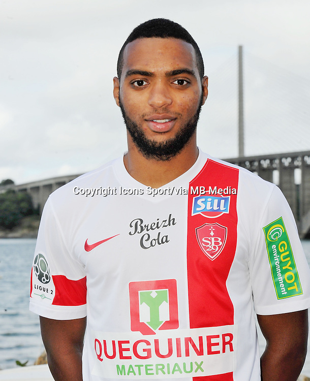 Alexandre AURAS - 18.09.2013 - Photo Officielle - Brest -<br /> Photo : Patrick Tellier / Icon Sport
