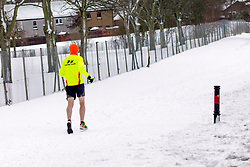 The Beast From the East, Dunfermline, 01/03/2018<br />A runner defies the weather<br />(c)Craig Brown| Edinburgh Elite media