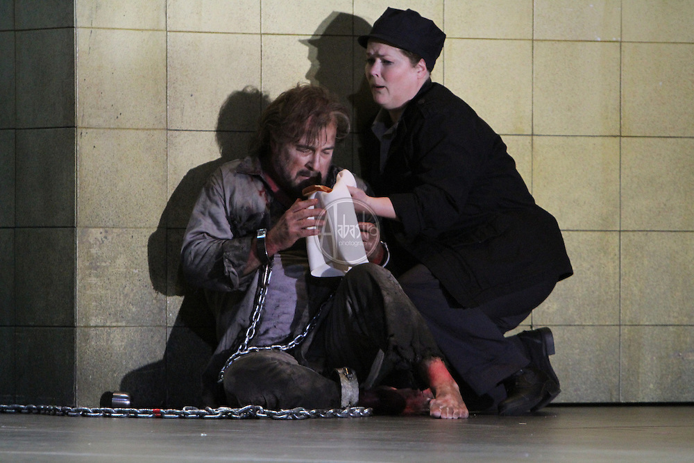 Seattle Opera production of Fidelio, 10/10/12.