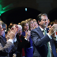 Nederland, Amsterdam , 8 februari 2014.<br /> D66 congres in Beurs van Berlage.<br /> Rechts Pia Dijkstra, Els Borst, partijleider Alexander Pechtold applaudiseert tijdens toespraak Howard Dean.(Amerikaans politicus namens de Democratische Partij)<br /> <br /> Foto:Jean-Pierre Jans