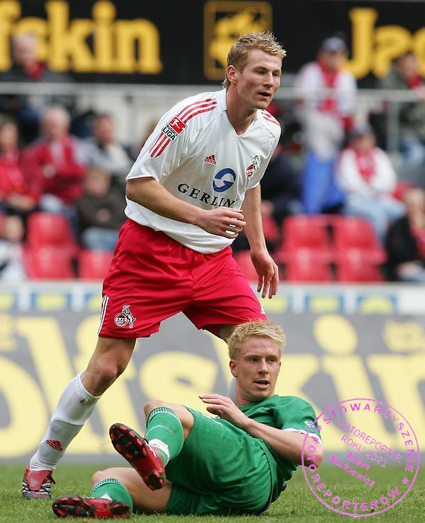 v.l. Lukas Sinkiewicz, Mike Hanke Wolfsburg.Bundesliga 1.FC Koeln - VfL Wolfsburg 3:0.FOT. WITTERS / WROFOTO.POLAND ONLY !!!