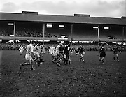31/01/1959<br /> 01/31/1959<br /> 31 January 1959<br /> Final Irish Rugby International Trial at Lansdowne Road, Dublin. J.F. Dooley, Blues and M. Fitzsimons, Whites lead the chase for possession.