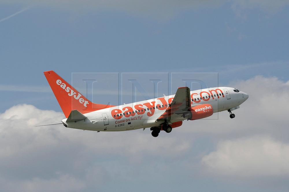&copy; Licensed to London News Pictures. &copy; Licensed to London News Pictures. 19/11/13. Budget airline Easyjet has reported a rise of 50.9% in annual profits to &pound;478m  <br />