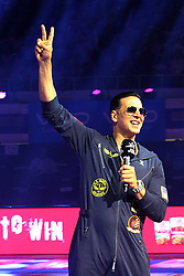 September 2, 2017 - Kolkata, West Bengal, India - Bengal Warriors partner Bollywood star Akshay Kumar cheers the supporters during the Pro Kabaddi league at Netaji Subhash Chandra Bose Indoor Stadium. (Credit Image: © Saikat Paul/Pacific Press via ZUMA Wire)