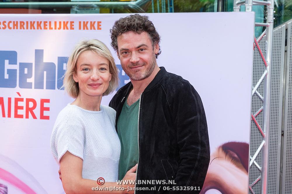 NLD/Amsterdam/20160717- Premiere Huisdiergeheimen, Fedja van Huet en partner Karina Smulders