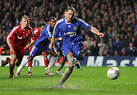 Chelsea FC vs Liverpool FC Champions League S-Final 2nd Leg 30/04/08<br /> Photo Nicky Hayes/Fotosports International<br /> Frank Lampard scores from the spot.