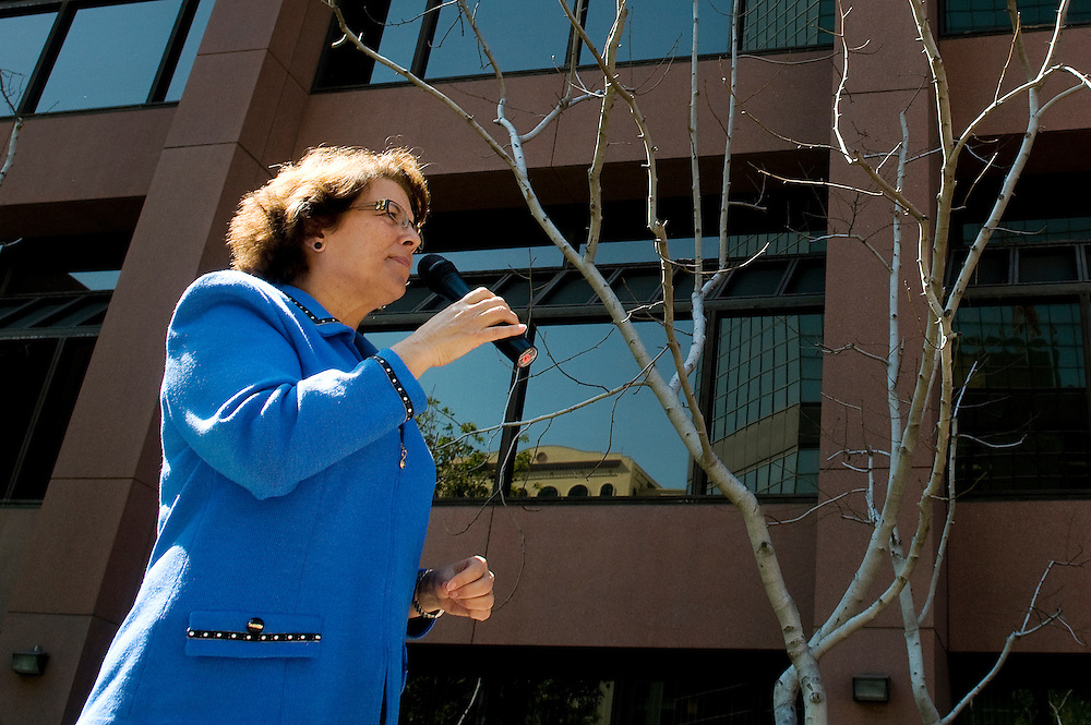 Congressional candidate Lori Saldaña speaks at a rally in support of women's reproductive rights on Thursday, March 9, 2012, at a rally outside the federal courthouse in downtown San Diego.