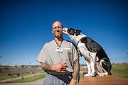 Lexington Correctional Facility inmates training dogs