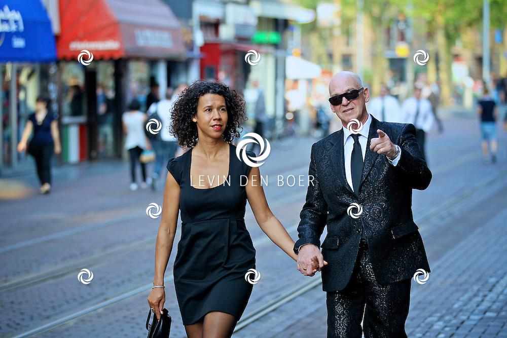 AMSTERDAM - Galapremiere van de nieuwe 3D bioscoopfilm MEN IN BLACK 3 in Pathe Tuschinski.  Met op de foto Peter Faber en zijn partner Suzanne van Dijk. FOTO LEVIN DEN BOER - PERSFOTO.NU