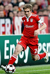 21.04.2010, Allianz Arena, Muenchen, GER, Champions League, Bayern Muenchen vs Olympique Lyonnais, Halbfinale Hinspiel, im Bild Philipp Lahm (FC Bayern Nr.21)  , EXPA Pictures © 2010, PhotoCredit: EXPA/ nph/  Straubmeier / SPORTIDA PHOTO AGENCY