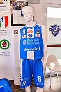Maglia Banco di Sardegna Dinamo Sassari 2017-18<br /> Presentazione Maglia Dinamo Sassari 2017-18, Dyshawn Pierre, Darko Planinic<br /> Sassari, 21/09/2017<br /> Foto L.Canu / Ciamillo-Castoria