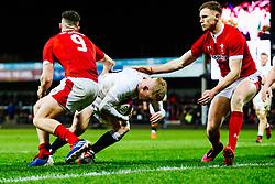George Barton of England U20 scores a try - Rogan/JMP - 06/03/2020 - Kingsholm Stadium - Gloucester, England - England U20 v Wales U20 - Under 20 Six Nations.