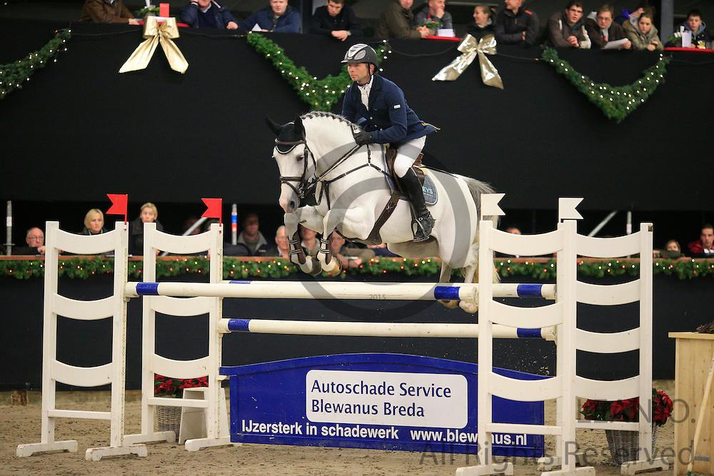 Julian Kraaij - Whispering Hope<br /> KNHS/KWPN GMB Hengstencompetitie Roosendaal 2012<br /> © DigiShots