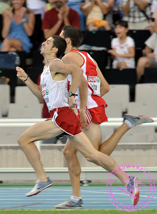 MATEUSZ DEMCZYSZAK (POLAND) COMPETES IN THE MEN'S  1500 METERS QUALIFICATION DURING THE 2010 EUROPEAN ATHLETICS CHAMPIONSHIPS AT OLYMPIC STADIUM IN BARCELONA, SPAIN...SPAIN , BARCELONA , JULY 28, 2010..( PHOTO BY ADAM NURKIEWICZ / MEDIASPORT )..PICTURE ALSO AVAIBLE IN RAW OR TIFF FORMAT ON SPECIAL REQUEST.