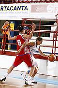DESCRIZIONE : Porto San Giorgio Torneo Internazionale Basket Femminile Italia Croazia<br /> GIOCATORE : Raffaella Masciadri<br /> SQUADRA : Nazionale Italia Donne<br /> EVENTO : Porto San Giorgio Torneo Internazionale Basket Femminile<br /> GARA : Italia Croazia<br /> DATA : 28/05/2009 <br /> CATEGORIA : palleggio<br /> SPORT : Pallacanestro <br /> AUTORE : Agenzia Ciamillo-Castoria/E.Castoria