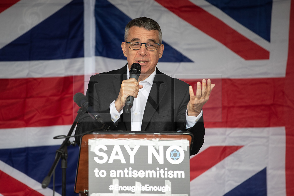 © Licensed to London News Pictures . 16/09/2018. Manchester, UK. JEFF SMITH MP . Thousands of people including the UK's Chief Rabbi and several Members of Parliament attend a demonstration against rising anti-Semitism in British politics and society , at Cathedral Gardens in Manchester City Centre . Photo credit : Joel Goodman/LNP
