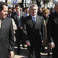 Ecatepec, M&eacute;x.- El secretario de gobierno Federal, Santiago Creel Miranda y el Gobernador del Estado, Arturo Montiel Rojas, encabezaron la ceremonia luctuosa al CLXXXVIII aniversario de la muerte del &quot;siervo de la nacion&quot;, Jose Ma. Morelos y Pavon . Agencia MVT /Hernan V&aacute;zquez E. (DIGITAL)<br /> <br /> NO ARCHIVAR - NO ARCHIVE