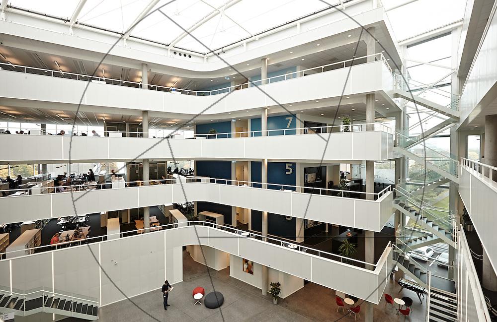 MOE Domicil i Buddinge, nybyggeri af kontorlokaler, Sophienberg Ejendomsudvikling , atrium , etageadskillelse
