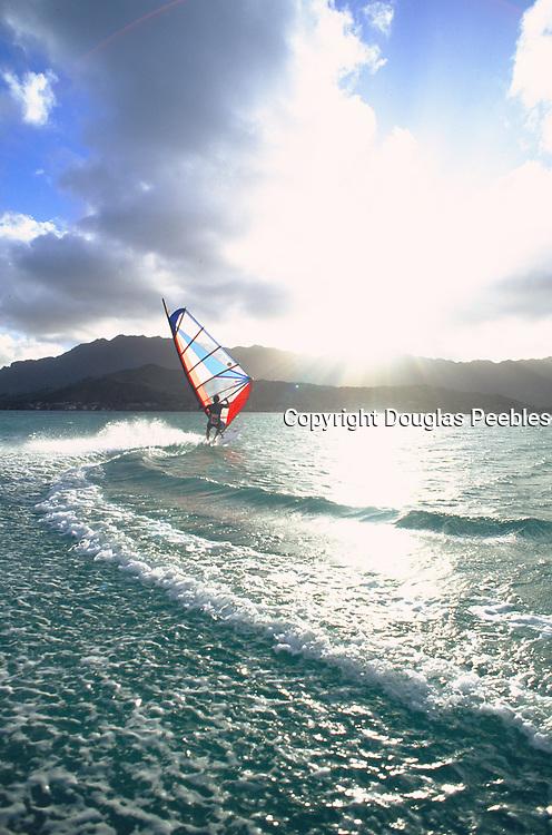 Windsurfing, Kaneohe Bay, Kaneohe, Oahu, Hawaii, USA<br />