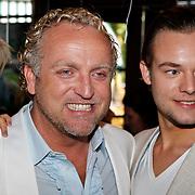 NLD/Amsterdam/20100913 - Verjaardagsfeestje Modemeisjes met een missie, Gordon Heuckeroth en partner Raoul van der Heijden
