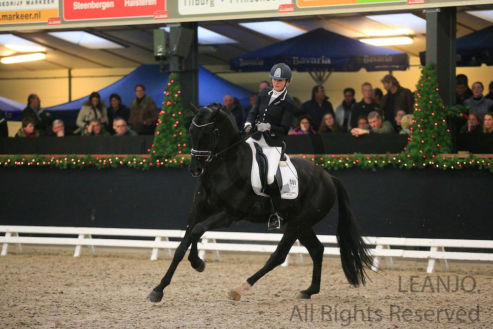 Emmelie Scholtens - Desperado<br /> KNHS/KWPN GMB Hengstencompetitie Roosendaal 2012<br /> &copy; DigiShots