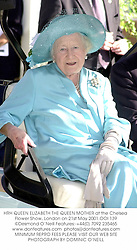 HRH QUEEN ELIZABETH THE QUEEN MOTHER at the Chelsea Flower Show, London on 21st May 2001.	OOI 139