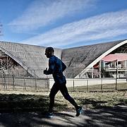 Ad otto anni dai fasti delle Olimpiadi invernali di Torinno 2006. Il palavela.