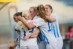 05.10.2016, Merkur Arena, Graz, AUT, UEFA CL, Damen, SK Sturm Graz Damen vs FC Zuerich Frauen, Sechzehntelfinale, Hinspiel, im Bild das Team von FC Zuerich nach dem 1:0 // during the UEFA Womens Championsleague, round of 32, 1st Leg match between SK Sturm Graz Women and FC Zuerich Women at the Merkur Arena, Graz, Austria on 2016/10/05, EXPA Pictures © 2016, PhotoCredit: EXPA/ Dominik Angerer