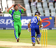 CAPE TOWN, SOUTH AFRICA - 22 February 2008, Quinton Friend bowling to Dominic Telo during the MTN Domestic Championship match between the Nashua Cape Cobras and the Nashua Dolphins held at Sahara Park, Newlands Stadium in Cape Town, South Africa...Photo by Ron Gaunt/SPORTZPICS