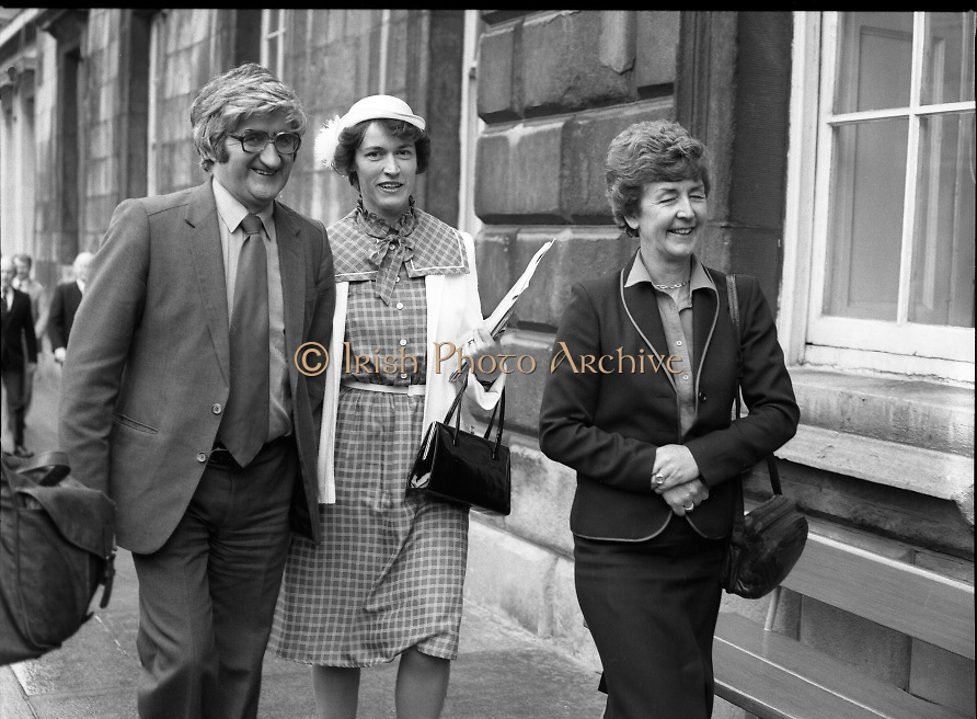 TDs arrive for the opening session of the 23rd Dáil...9-03-82.03-09-1982.9th March 1982..Pictured At Leinster House. ..From left:..Kerry South Fine Gael TD Michal Begley..Dublin North Fine Gael TD Norah Owens..Dublin South Fine Gael TD Nuala Fennell