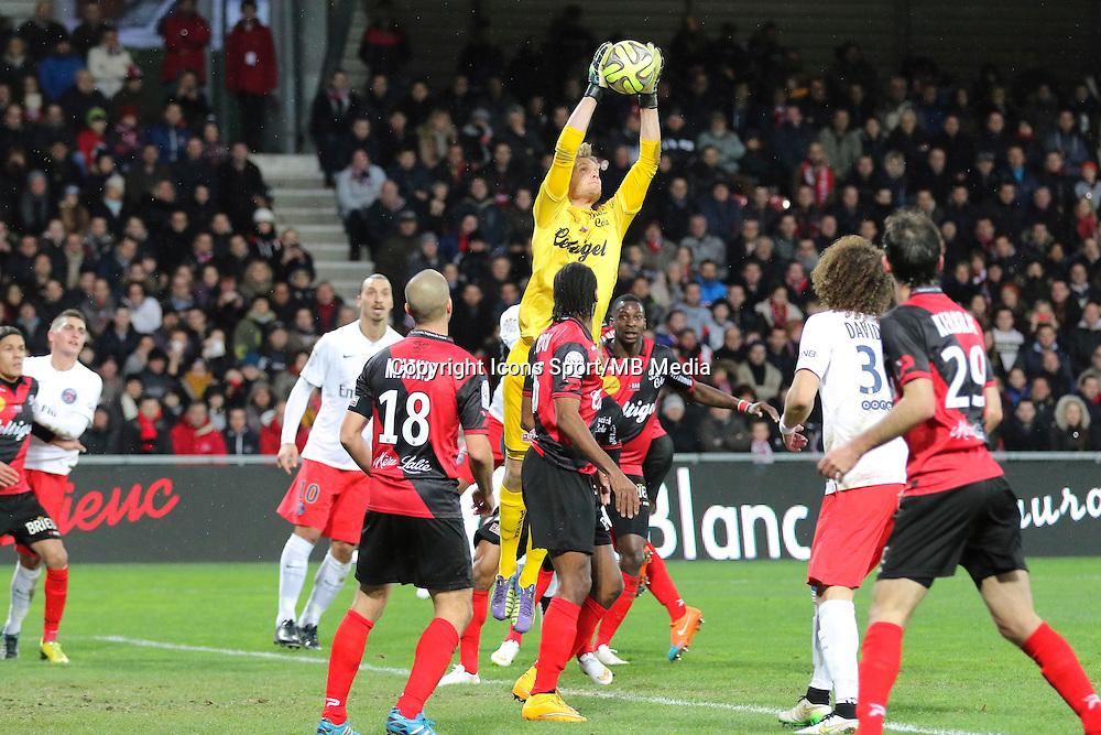 Jonas LOSSL - 14.12.2014 - Guingamp / Paris Saint Germain - 18eme journee de Ligue 1<br />Photo : Vincent Michel / Icon Sport