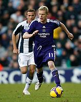 Photo: Steve Bond/Richard Lane Photography. West Bromwich Albion v Newcastle United. Barclays Premiership. 07/02/2009. Damien Duff attacks