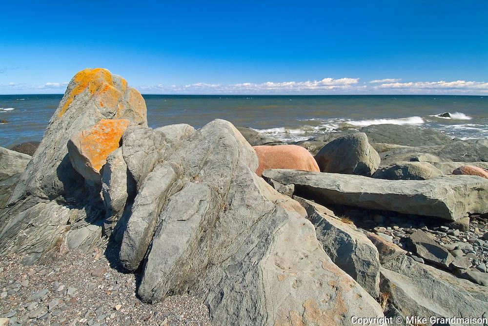 Rocky shoreline along the St. Lawrence River <br /> Matane<br /> Quebec<br /> Canada