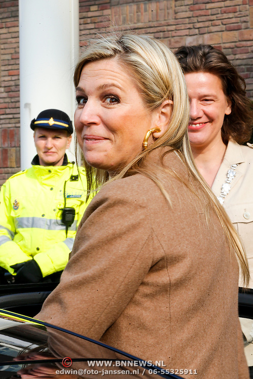 NLD/Amsterdam/20130409 - Prinses Maxima houdt toespraak conferentie The Currency Exchange Fund, vertrek Prinses Maxima