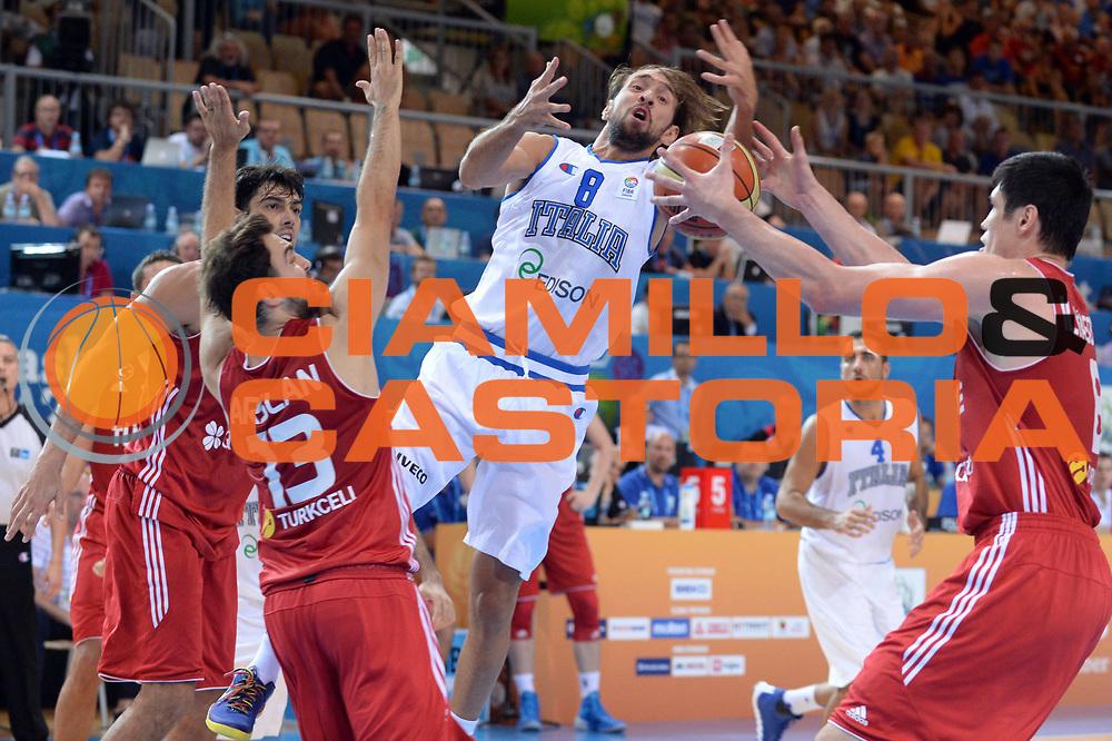 DESCRIZIONE : Capodistria Koper Slovenia Eurobasket Men 2013 Preliminary Round Turchia Italia Turkey Italy<br /> GIOCATORE : Giuseppe Poeta<br /> CATEGORIA : Rimbalzo<br /> SQUADRA : Italia<br /> EVENTO : Eurobasket Men 2013<br /> GARA : Turchia Italia Turkey Italy<br /> DATA : 05/09/2013 <br /> SPORT : Pallacanestro&nbsp;<br /> AUTORE : Agenzia Ciamillo-Castoria/Max.Ceretti<br /> Galleria : Eurobasket Men 2013 <br /> Fotonotizia : Capodistria Koper Slovenia Eurobasket Men 2013 Preliminary Round Turchia Italia Turkey Italy<br /> Predefinita :