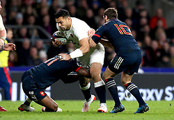Ben Te'o of England is tackled by Virimi Vakatawa of France - Mandatory by-line: Robbie Stephenson/JMP - 04/02/2017 - RUGBY - Twickenham - London, England - England v France - RBS Six Nations