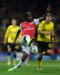 23.11.2011, Emirates Stadion, London, ENG, UEFA CL, Gruppe F, FC Arsenal (ENG) vs Borussia Dortmund (GER), im Bild Arsenal's Gervinho in action against Borussia Dortmund during the football match of UEFA Champions league, group F, between FC Arsenal (ENG) and Borussia Dortmund (POR) at Emirates Stadium, London, United Kingdom on 2011/11/23. EXPA Pictures © 2011, PhotoCredit: EXPA/ Sportida/ Chris Brunskill..***** ATTENTION - OUT OF ENG, GBR, UK *****
